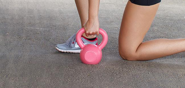 Realizar ejercicios de Kegel con bolas chinas ayuda a potenciar el fortalecimiento